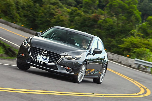 mazda3-taiwan-september-2016-picture-courtesy-u-car-com-tw