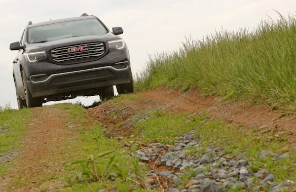 gmc-acadia-usa-november-2016-picture-courtesy-caranddriver-com