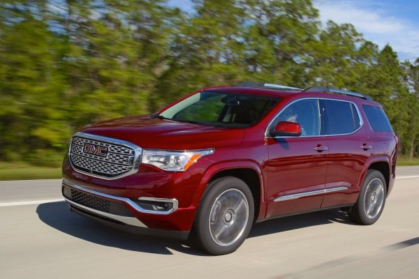 gmc-acadia-usa-december-2016-picture-courtesy-caranddriver-com