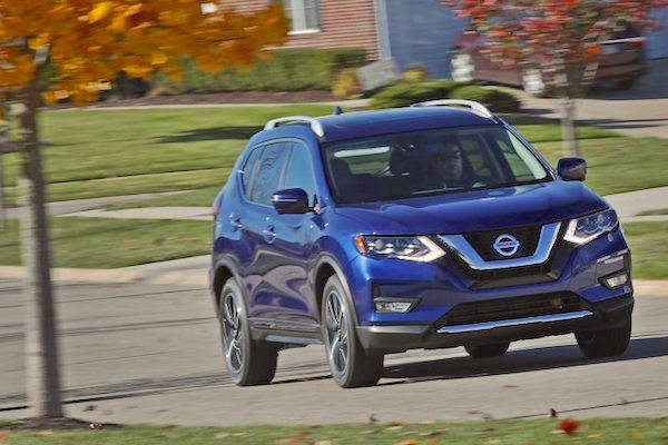 nissan-rogue-usa-december-2016-picture-courtesy-caranddriver-com