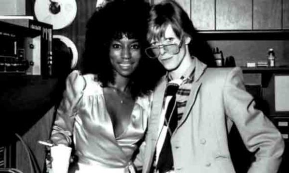 Claudia-Lennear-con-Bowie