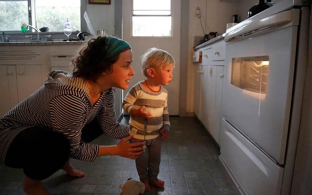 storage tricks for tiny kitchen
