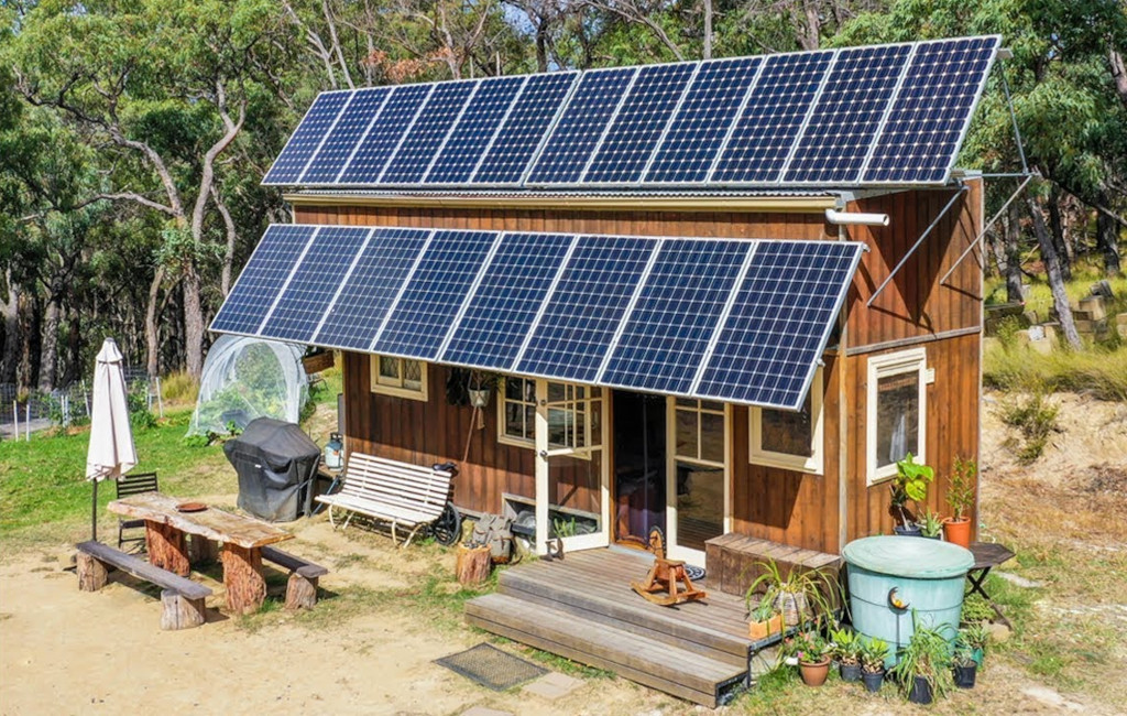tiny house solar panels