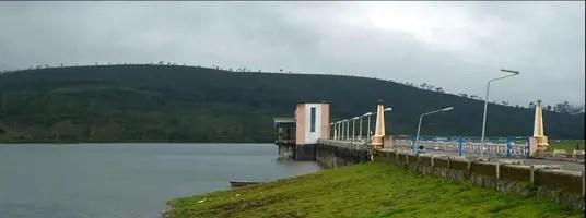 sholayar dam tourist places in valparai