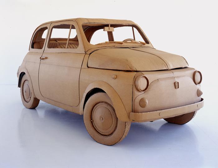 miniatur mobil dari kardus bekas
