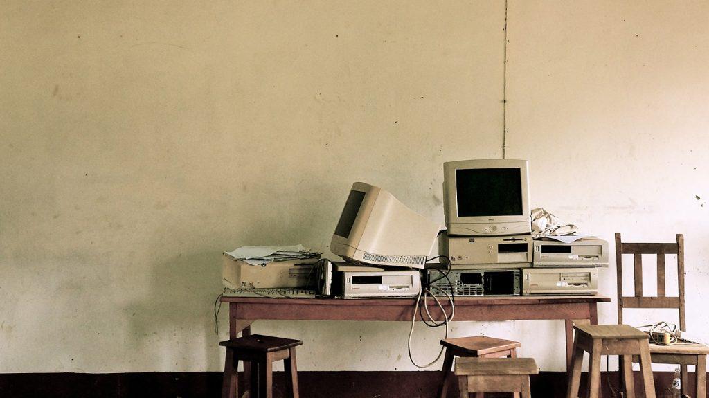 kumpulan perangkat keras komputer