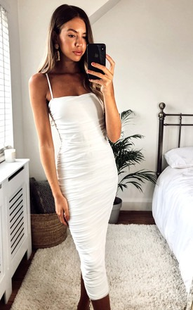 White Party Dresses Is Back for Summer