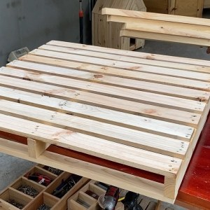 Inspirational Ideas for Pallet Recycling- Build Wooden Open Hut For  Dining And Entertaining Friends