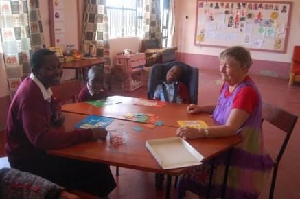 Bibi Reidun som lærerassistent