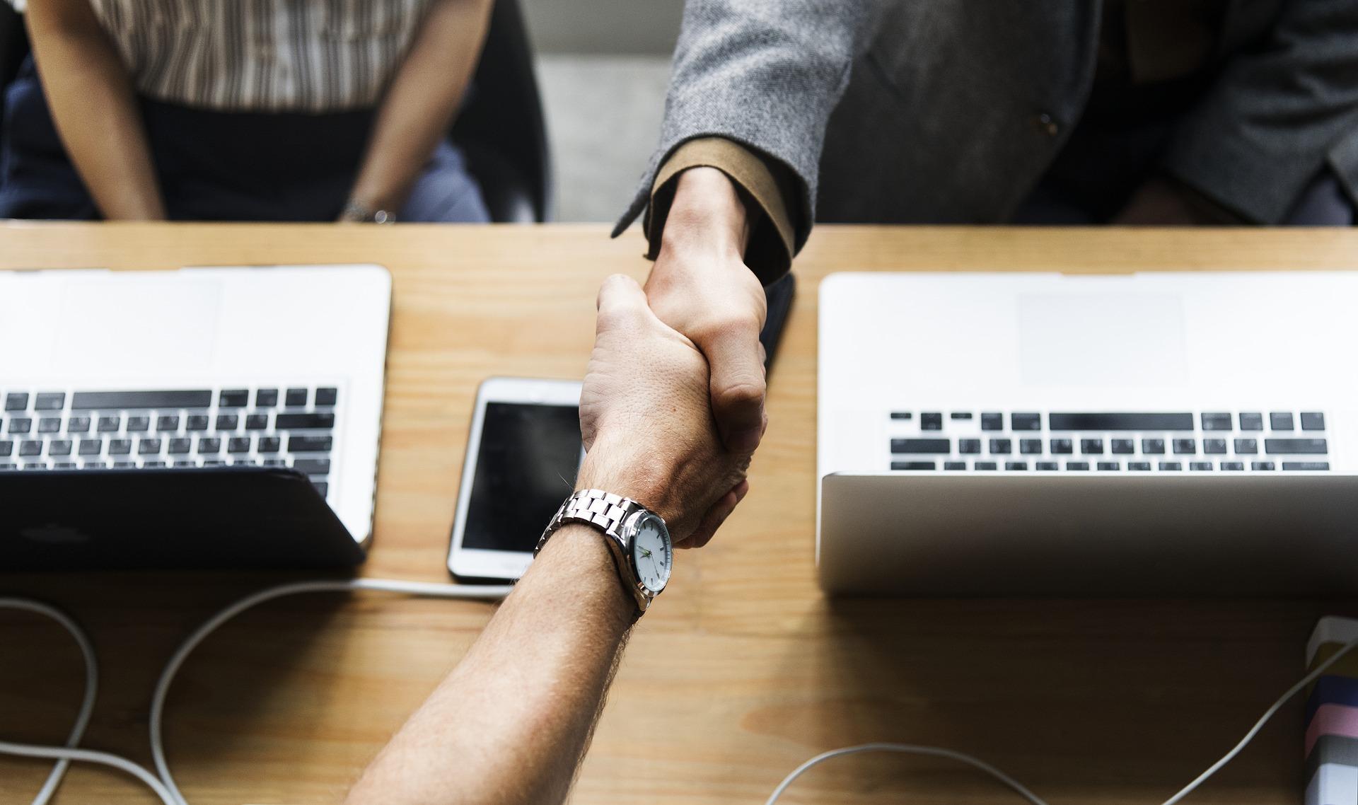 confiance - collaboration travail - coordination de chantier d'équipe - bet sai