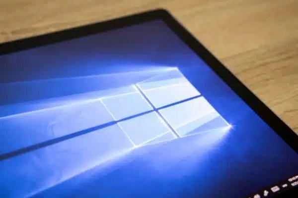 Windows 10 desktop background