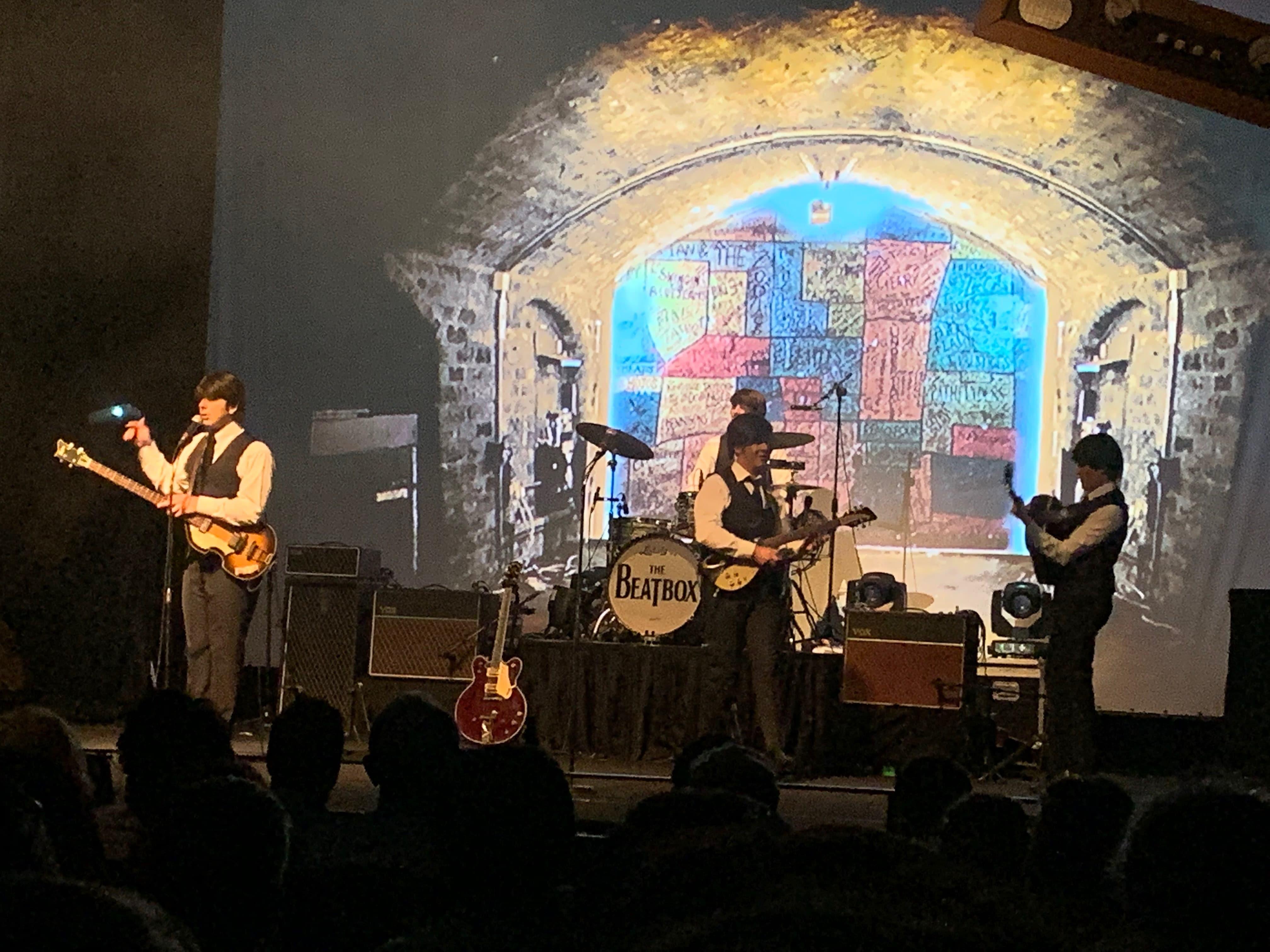 Sono tornati i Beatles, ma si chiamano Beatbox!