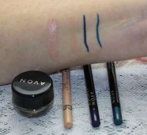 Thrifty Thursdays Rimmell & Avon swatches