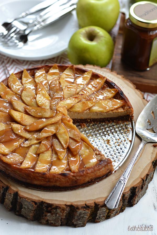 Caramel Apple Cheesecake Tart - bethcakes.com