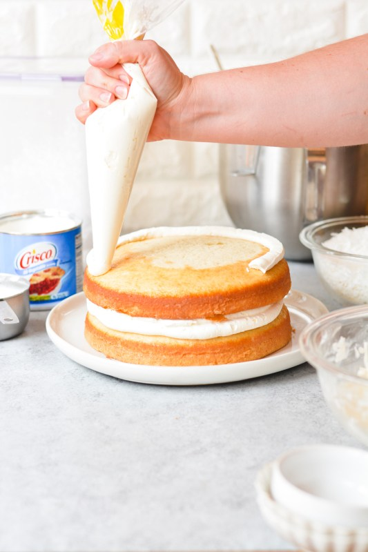 Coconut Dream Cake - bethcakes.com