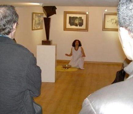 Elizabeth Firmino/ Beth Firmino/ performance/Fundación Alianza Hispánica/ Arco 2008, Madrid.