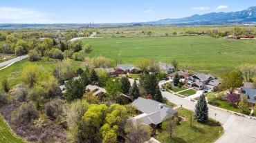 Located in beautiful Gunbarrel, CO