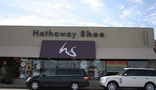 Hathaway Shoe exterior KC Oct 2009