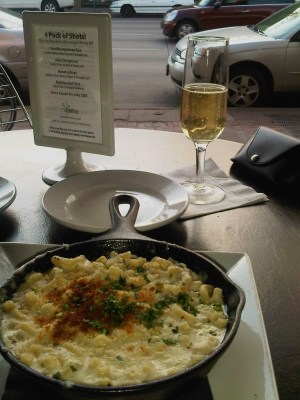 Delite mac and cheese, Denver restaurants, South Broadway Denver restaurants
