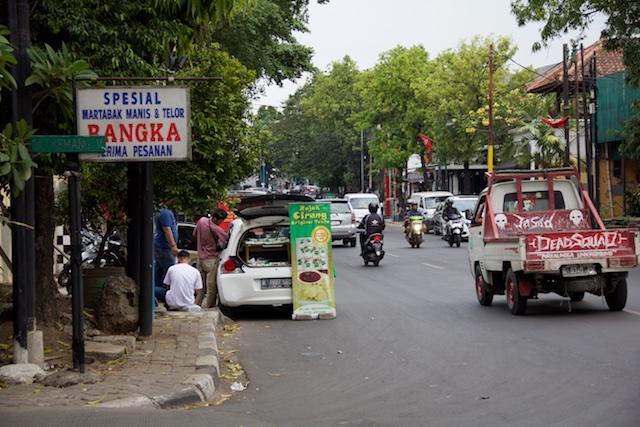 Kemang Raya with Skull Truck Jakarta Oct 2015