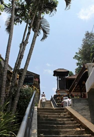 It's so high steps... !!