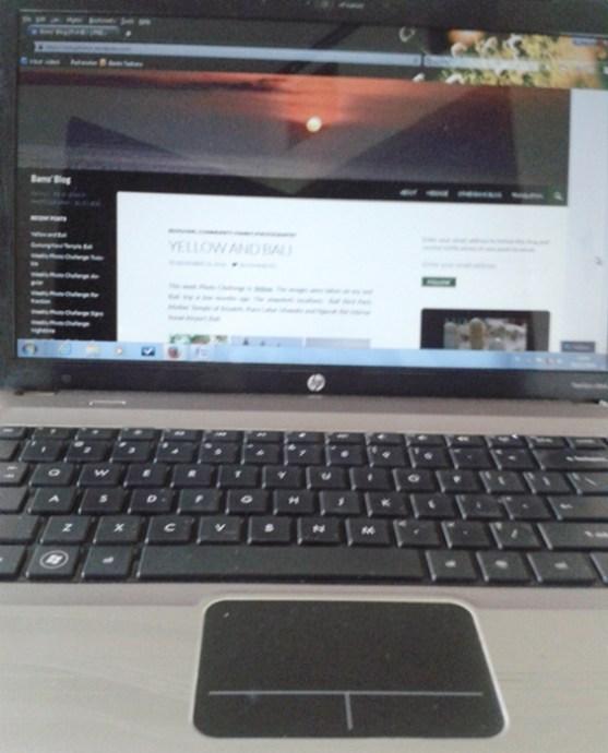 This laptop make me online 'addict'