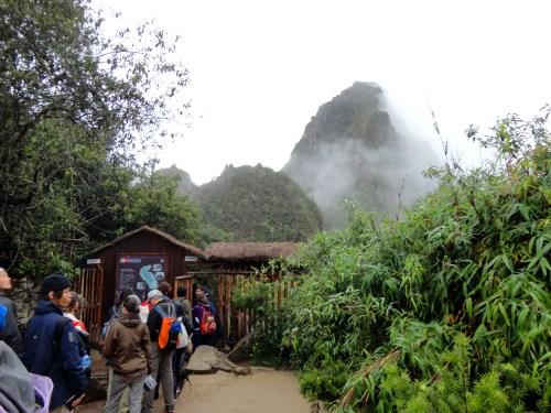 6:40 da manhã. Fila para entrar no Huayna Picchu.
