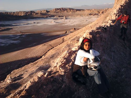 Um passeio de moto ao final da tarde pelo Vale de La Luna é tudo de bom !