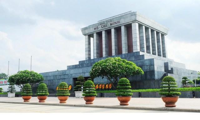 ホーチミン廟:首都の建築及び文化的空間の典型的なところ5