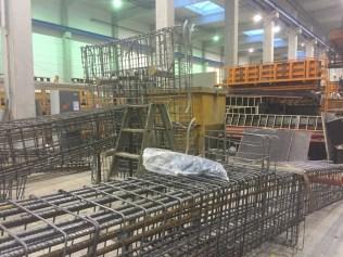 Eisenflechter, Eisenflechtarbeiten, Eisenverlegung von Betonstahl Halle GmbH, im Werk und auf Außenbaustellen