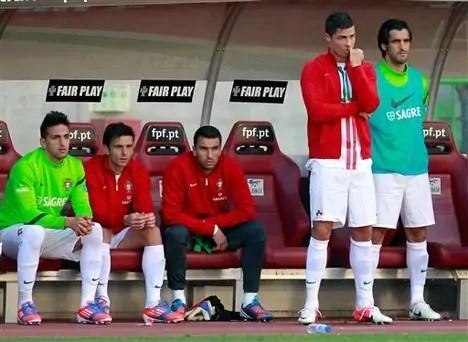 ronaldo-bench0516