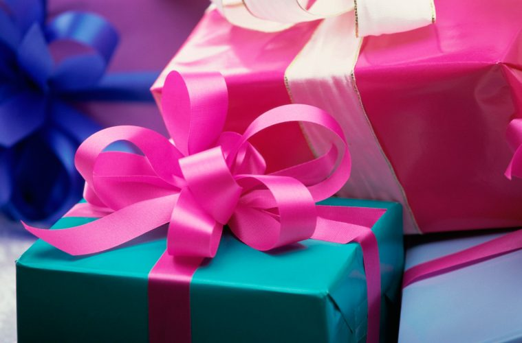 Great 50th Birthday Gifts For Girlfriends Under 100