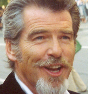 Pierce_Brosnan_at_the_2005_Toronto_Film_Festival copy