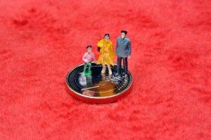 Figure miniature family