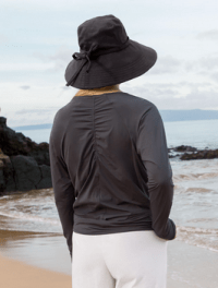 Solumbra Women's Ruched Pullover