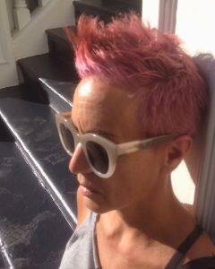pink-hair-sunglasses