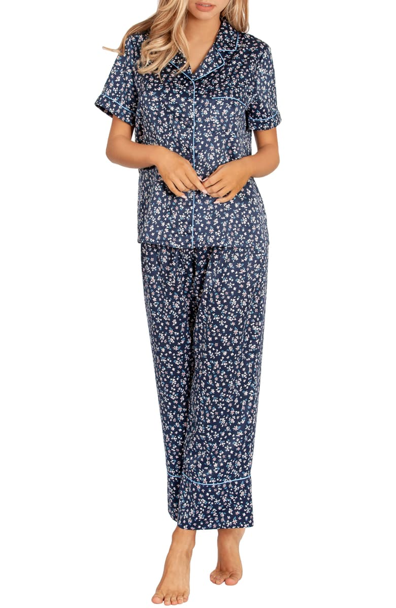 Sleepwear For Menopause: Light & Breathable