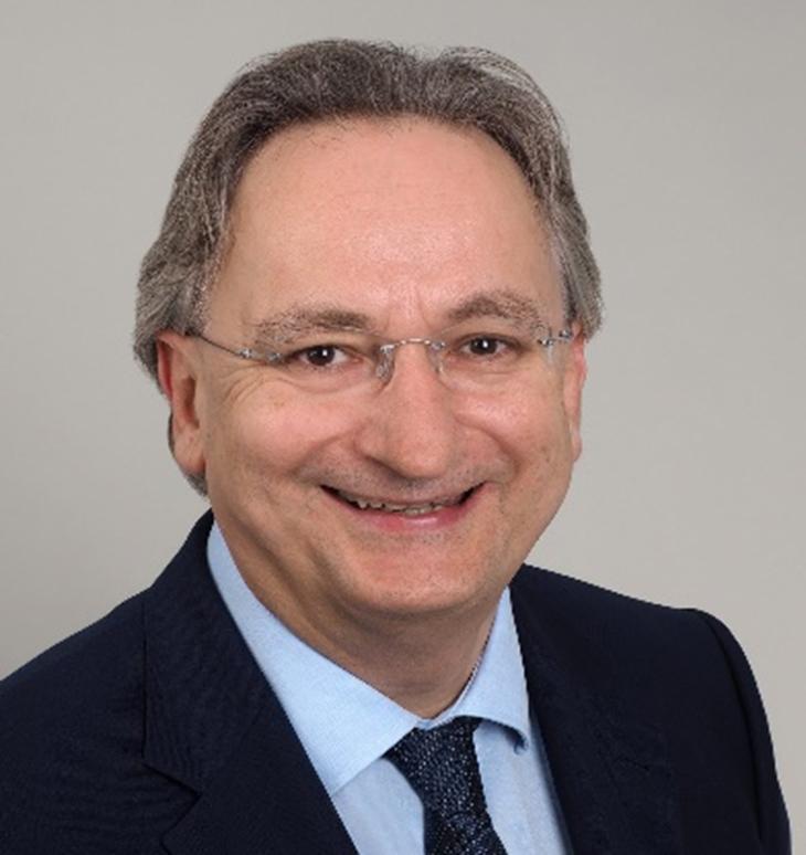 Dr Michael J. Hürter