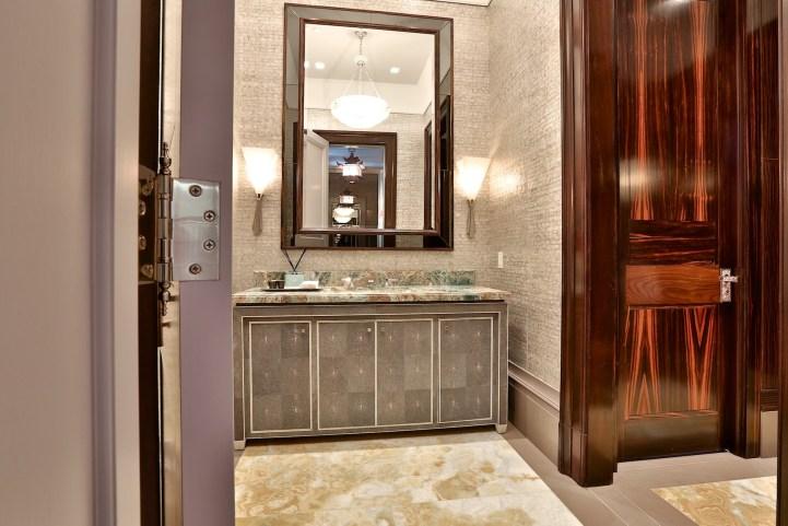 10 High Point Road - Bathroom Vanity