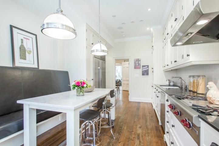 123 Bedford Road - Kitchen Breakfast Bar