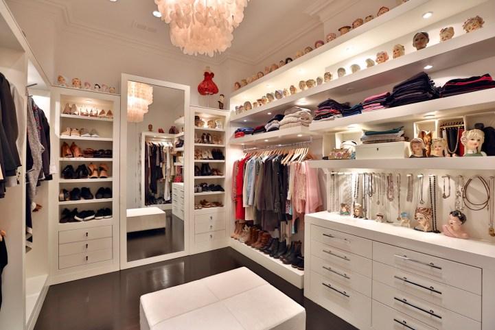 157 South Drive - Master Bedroom Closet