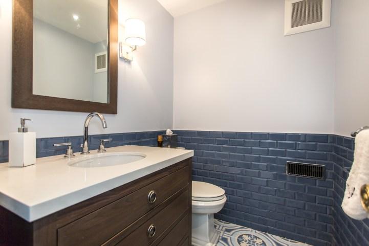 181 Crescent Road - Bathroom