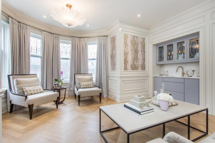 181 Crescent Road - Living Room Bar