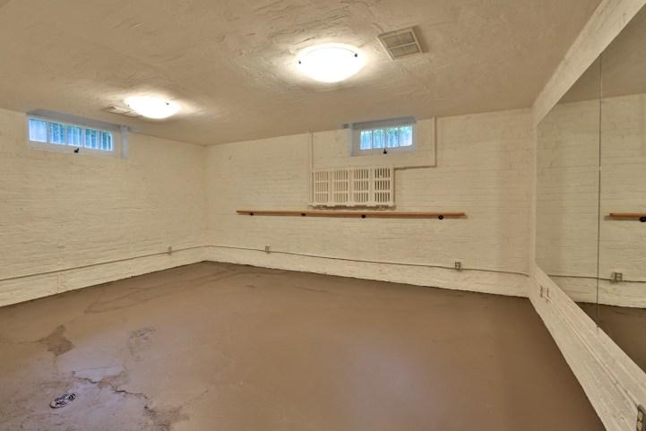 230 Russel Hill Rd - Basement