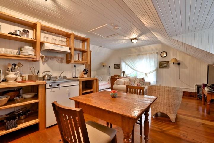 230 Russel Hill Rd - Kitchen 2