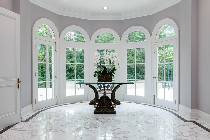 37 Edgehill Road - Rear Foyer Marble