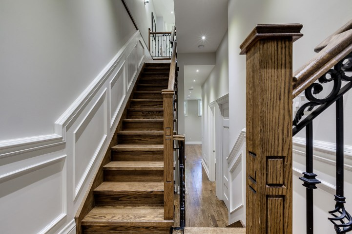 390 Brookdale Avenue - Main Staircase