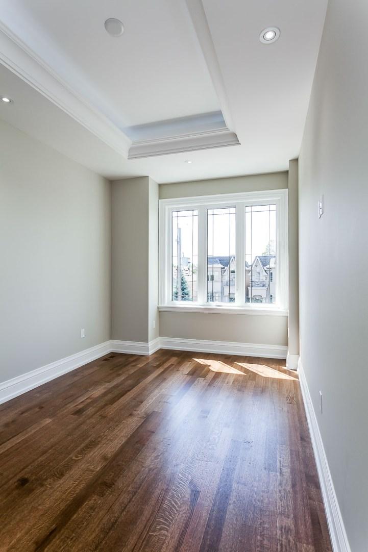 390 Brookdale Avenue - Small Bedroom