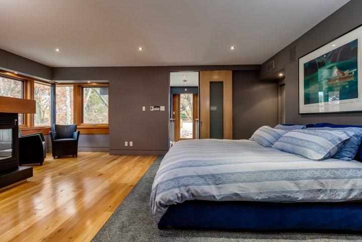 421 The Kingsway - Master Bedroom