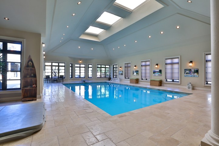 12 The Bridle Path - Indoor Pool